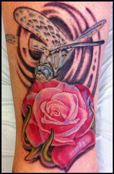 Dragonfly_and_rose-color-tattoo