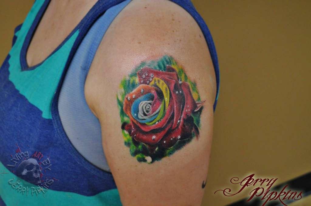 Multi-rose