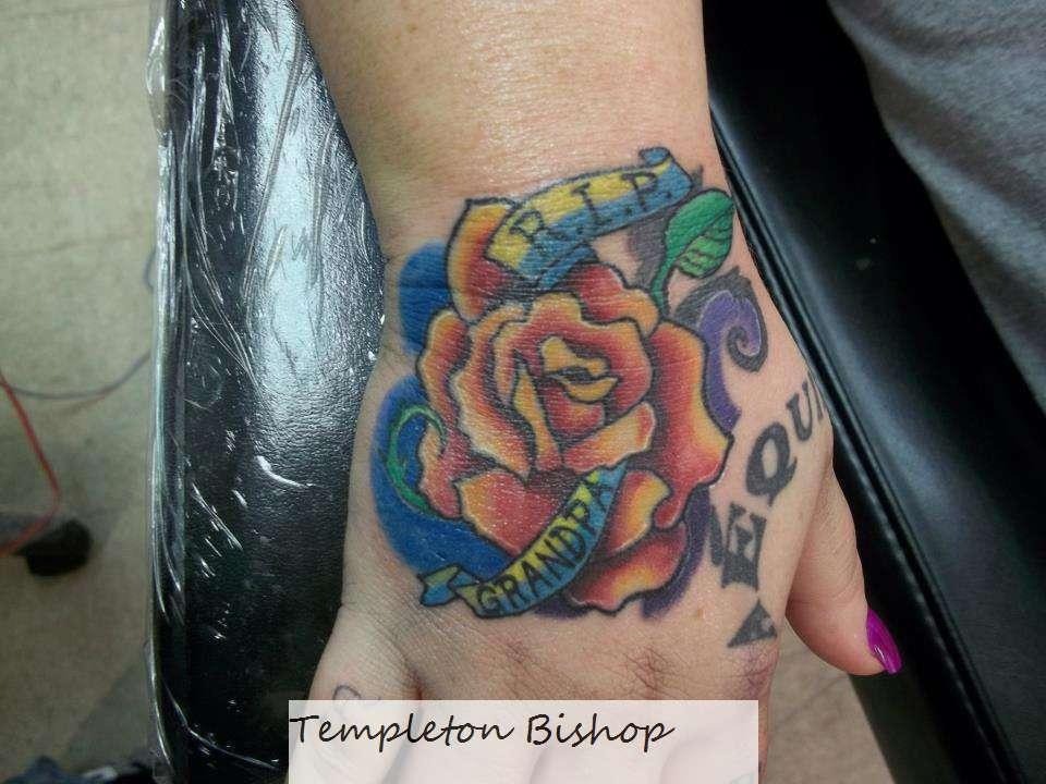 Sarahs_hand_tattoo