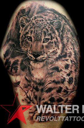 Club-tattoo-walter-sausage-frank-las-vegas-planet-hollywood-snow-leopard-jpg