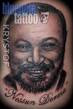 Club-tattoo-krystof-las-vegas-portrait-pavarotti-planet-hollywood