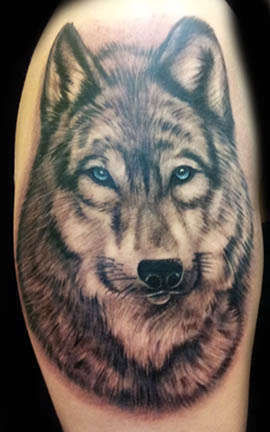 Club-tattoo-angel-las-vegas-wolf-planet-hollywood