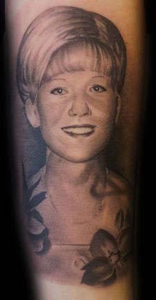 Club-tattoo-angel-las-vegas-portrait-1