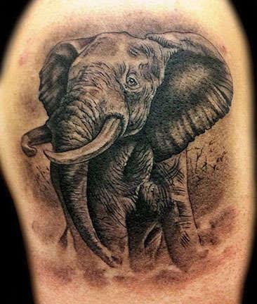 Club-tattoo-angel-las-vegas-elephant