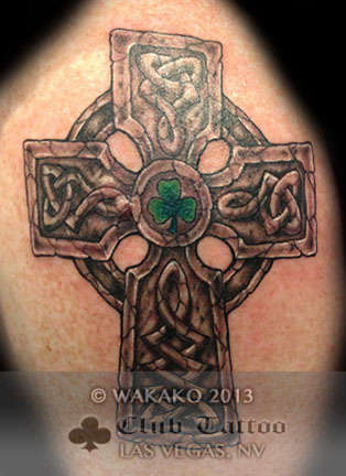 Club-tattoo-wakako-las-vegas-celtic-cross