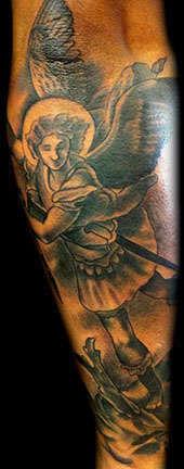 Club-tattoo-derek-rubright-las-vegas-planet-hollywood-miracle-mile-shops-13