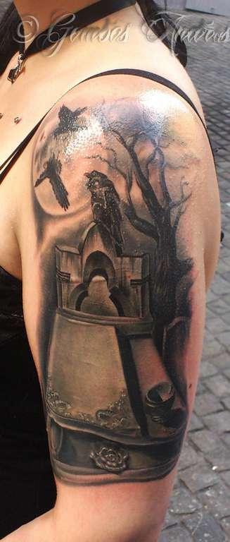 Gombi-crow-tree