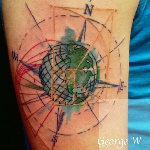 ronin:globe-golden-ratio-compass-rose-graphique
