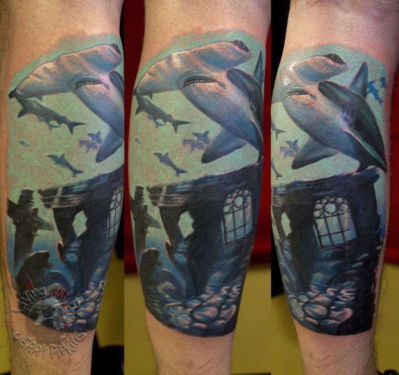 Hammerhead_shark_underwater_tattoo_artist_panama_city_best_shop