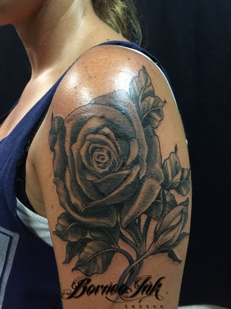 eddieborneoink:roses-black-and-grey-roses-neotraditional