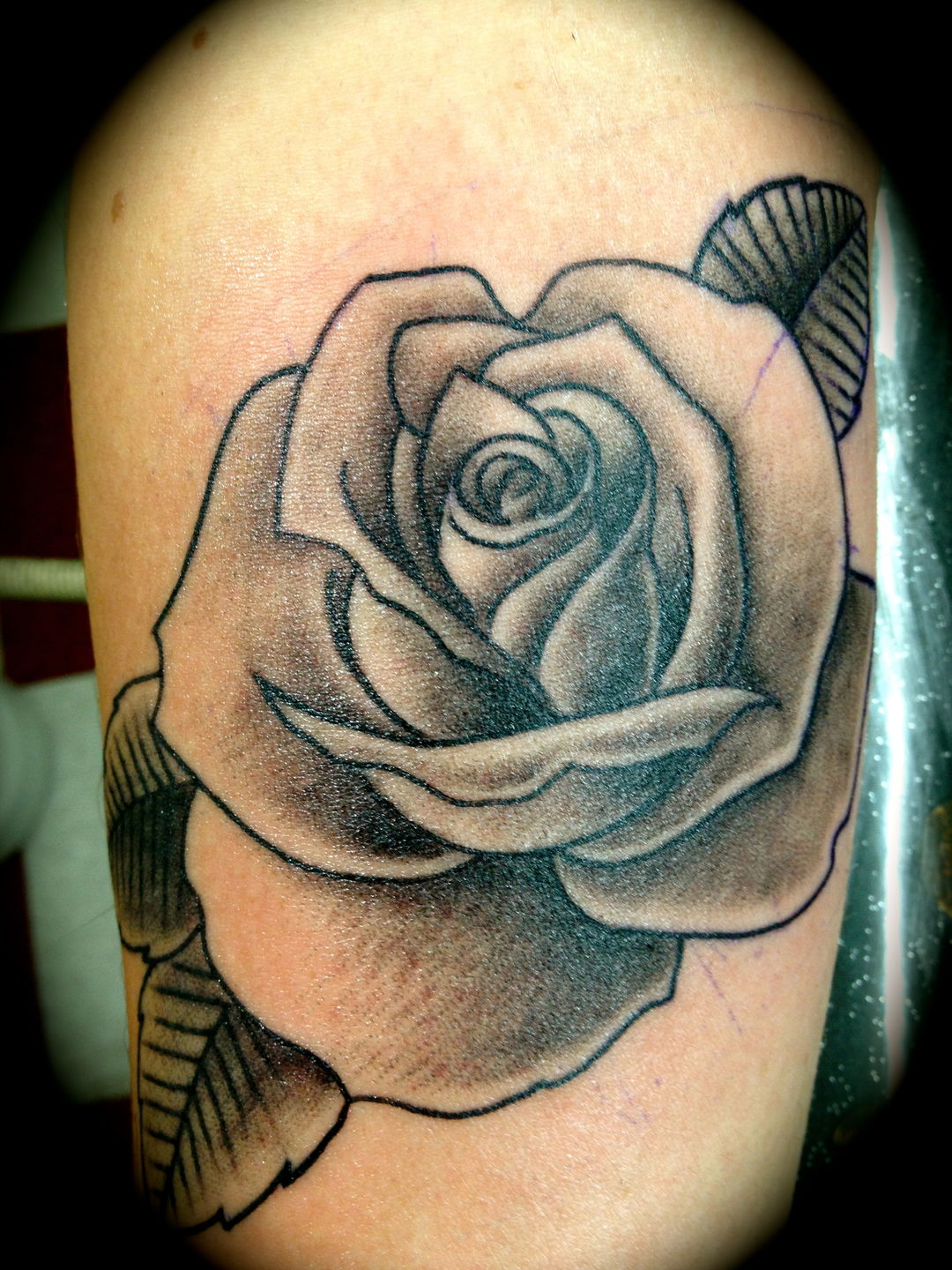 Readyfreddiearroyo bg rose rose black and grey rose tattoo for Black and gray rose tattoos