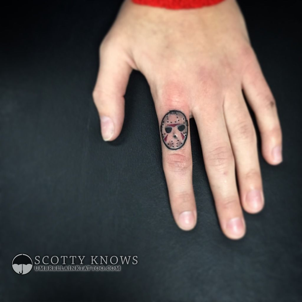 scottyknows:friday-the-13th-jason-voorhees-hockey-mask-finger