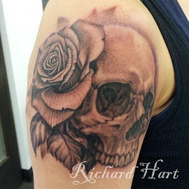 Watermark_skull_rose