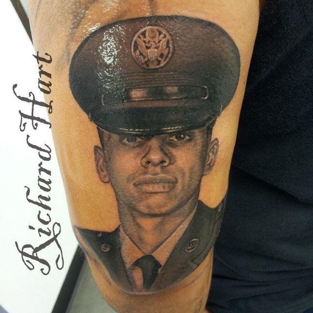 Watermark_military_portrait