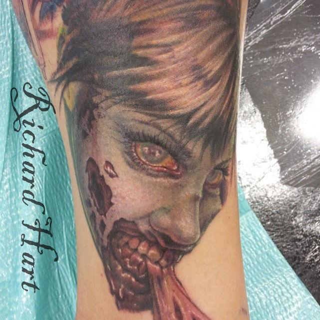 Watermark_zombie_chick