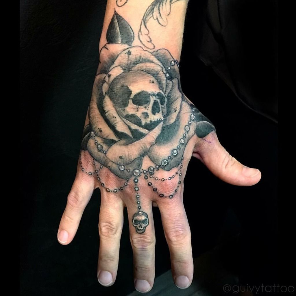 Tatouage main rose galerie tatouage - Tatouage rose main homme ...