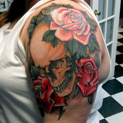 Skull-roses-tattoo-peter-anderson-the-bell-rose-tattoo-and-piercing-mobile-alabama