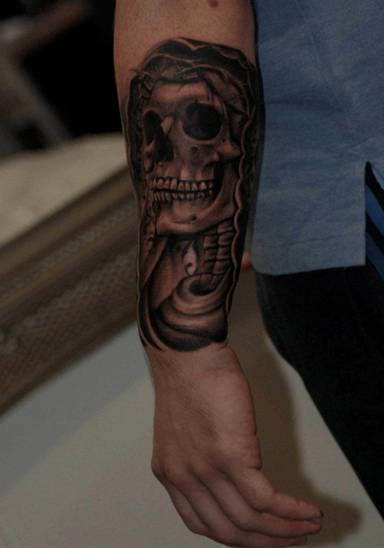 Skull-veil-forearm-rosemary-mckevitt-tattoo-ireland