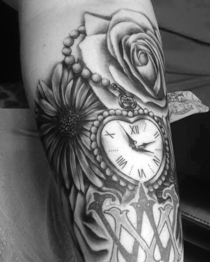 Nickoleslawflowers Rose Sunflower Pearls Pocketwatch Black And Gray