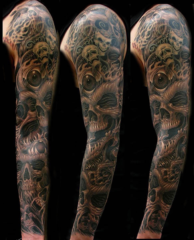 Las-vegas-tattoo-artist_joe-riley_biomech-skull-sleeve