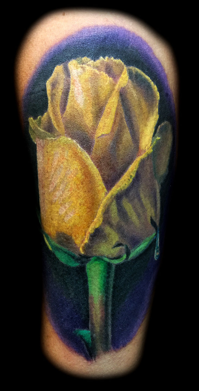 Best-las-vegas-tattoo-artists-shops-joe-riley-inner-visions-tattoo-feminine-rose-tattoos