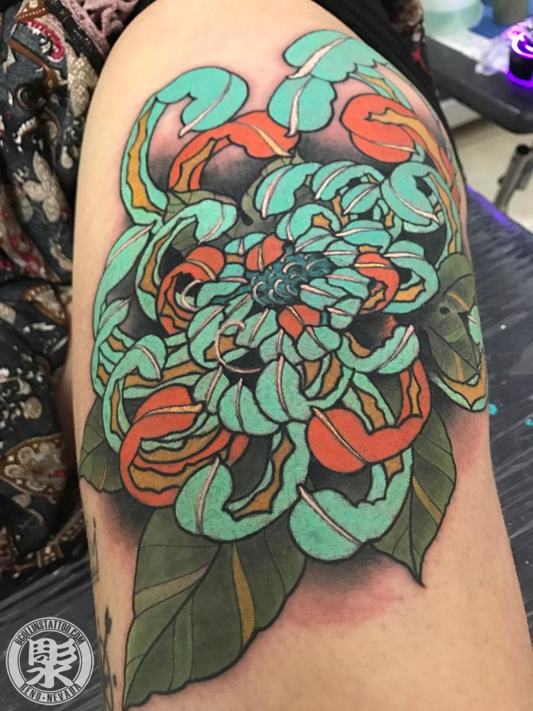 bcollinstattoo:chrysanthemum-chrysanthemum-japanese-tattoo ...